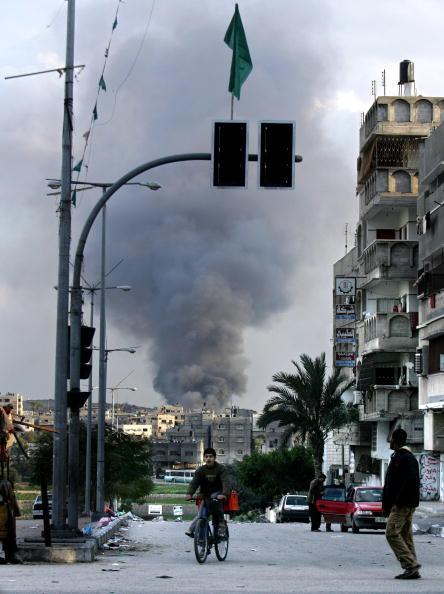Road Signal「Israel Gaza Conflict Continues」:写真・画像(14)[壁紙.com]