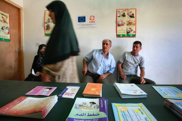 West Bank「Mobile Clinics Bring Health Care To Isolated Palestinians Mobile Clinics Bring Health Care To Isolated Palestinians」:写真・画像(15)[壁紙.com]