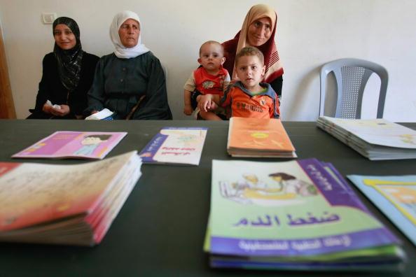 West Bank「Mobile Clinics Bring Health Care To Isolated Palestinians Mobile Clinics Bring Health Care To Isolated Palestinians」:写真・画像(19)[壁紙.com]
