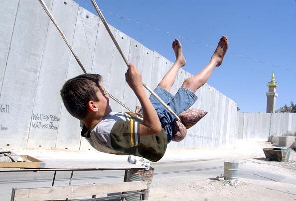 West Bank「Barrier」:写真・画像(8)[壁紙.com]