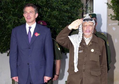 Gaza Strip「British PM Blair Meets Palestinian President Arafat」:写真・画像(2)[壁紙.com]