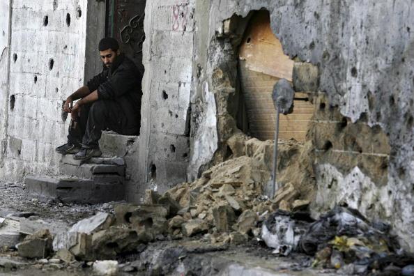 Abid Katib「Israeli Shelling Kills 18 In Beit Hanoun」:写真・画像(13)[壁紙.com]