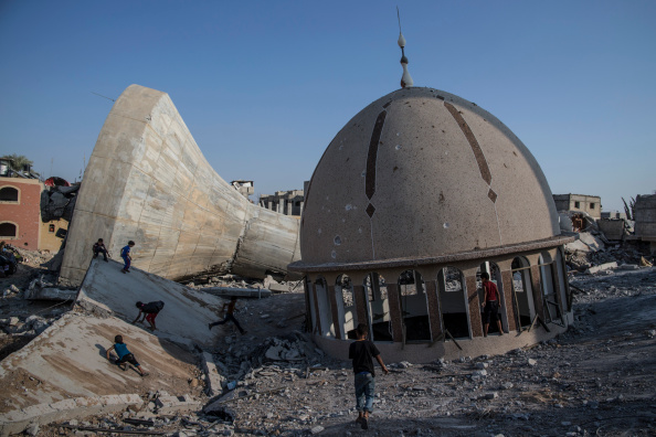 Cultures「Scale Of Devastation Is Seen In Gaza As Tense Five Day Ceasefire Agreed」:写真・画像(12)[壁紙.com]