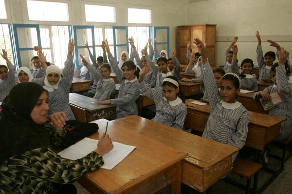 First Day Of School「Palestinian Students Start New Academic Year」:写真・画像(15)[壁紙.com]