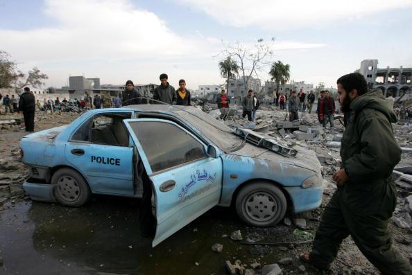 Gaza Strip「Israeli Air Raids Strike At Gaza」:写真・画像(15)[壁紙.com]