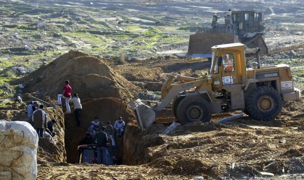 Gaza Strip「Gaza Tunnel Collapse Traps Six」:写真・画像(6)[壁紙.com]