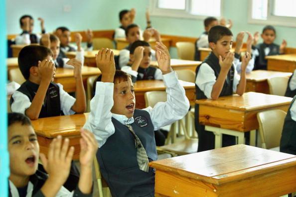 Middle Eastern Ethnicity「Palestinian Students Begin New School Year」:写真・画像(10)[壁紙.com]
