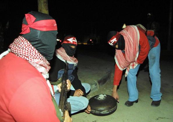Homemade「Palestinian Militants Display Bomb」:写真・画像(8)[壁紙.com]
