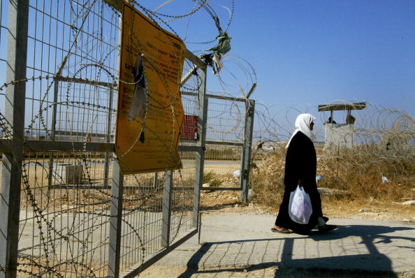 Clear Sky「Israeli High Court Orders Rerouting Of Separation Barrier」:写真・画像(13)[壁紙.com]