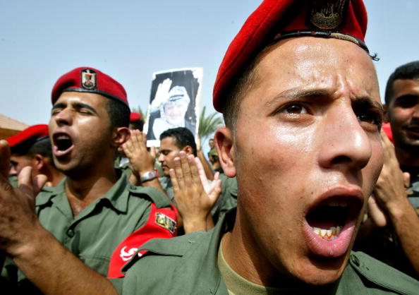 Beret「Palestinians Rally In Support Of Arafat In Gaza 」:写真・画像(5)[壁紙.com]