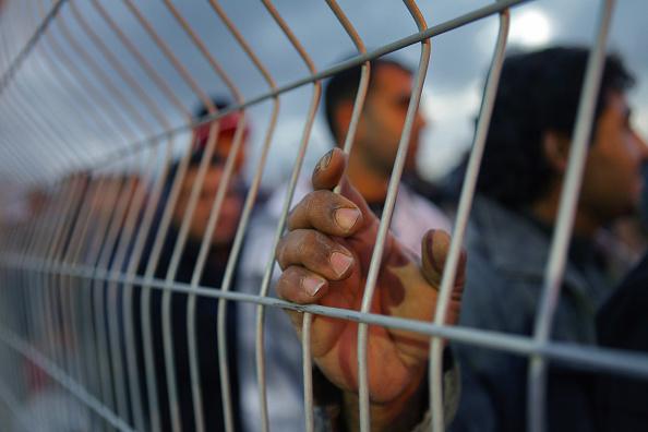 West Bank「Palestinian Workers Complain Of Abuse At Israeli Crossings」:写真・画像(14)[壁紙.com]