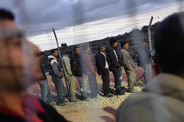West Bank「Palestinian Workers Complain Of Abuse At Israeli Crossings」:写真・画像(8)[壁紙.com]