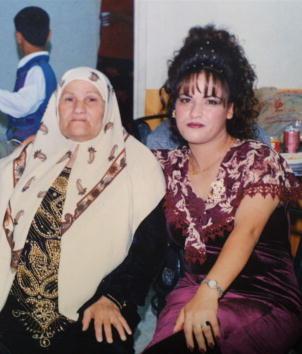 West Bank「Palestinian Woman Suicide Bomber」:写真・画像(4)[壁紙.com]