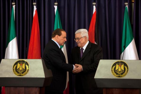 West Bank「Italian PM Belusconi Visits West Bank」:写真・画像(1)[壁紙.com]