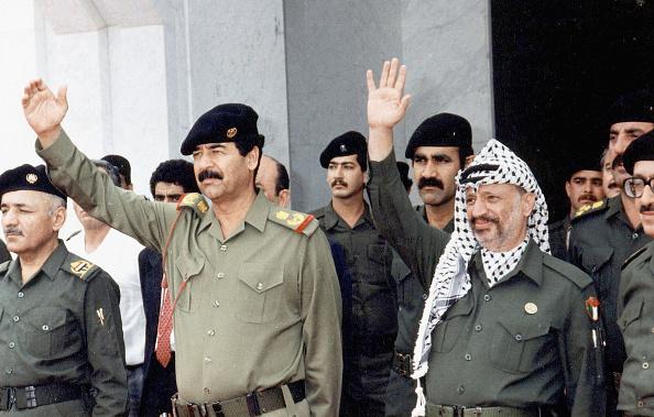 Saddam Hussein「Palestinian Leader Yasser Arafat's Health Rapidly Declining」:写真・画像(8)[壁紙.com]