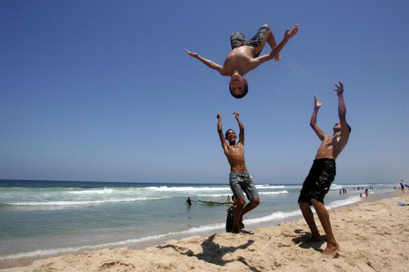 Gaza Strip「Palestinian Refugees Attend UNRWA's Schools Summer Camps」:写真・画像(1)[壁紙.com]