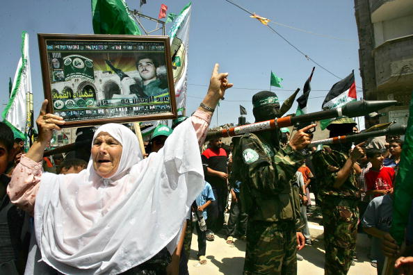 Clear Sky「Hamas Holds A Celebration Rally For The Israeli Withdrawal From Gaza」:写真・画像(17)[壁紙.com]