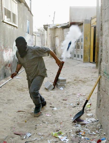 Homemade「Six Killed In Israeli Raid Of Refugee Camp In Rafah」:写真・画像(1)[壁紙.com]