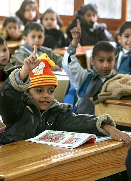 Deir Al-balah「Palestinian Children Study At The Dar Al-Arqam School」:写真・画像(14)[壁紙.com]