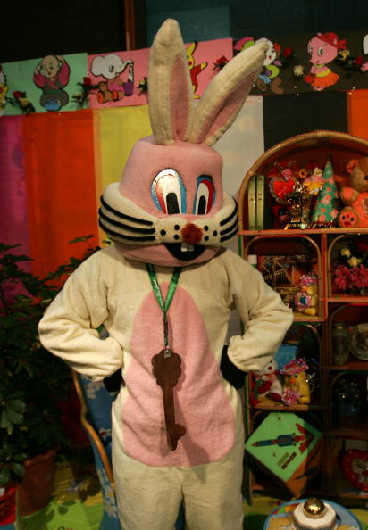 Mickey Mouse「Hamas Creates New TV Mascot, Assud The Bunny」:写真・画像(0)[壁紙.com]
