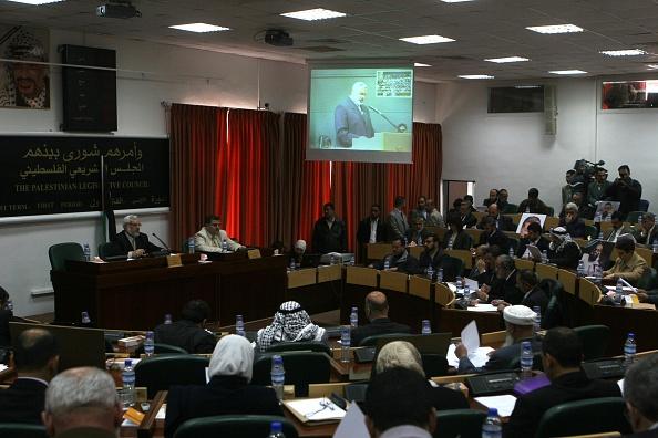 Gaza Strip「Ismail Haniyeh On Screen」:写真・画像(1)[壁紙.com]
