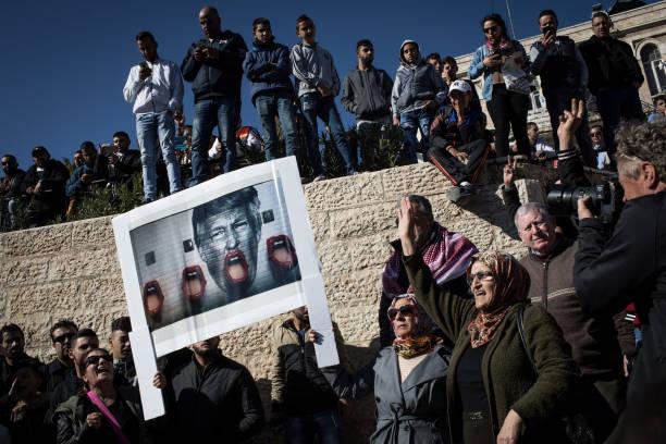 Jerusalem「Day Of Rage Grips Jerusalem And West Bank」:写真・画像(15)[壁紙.com]