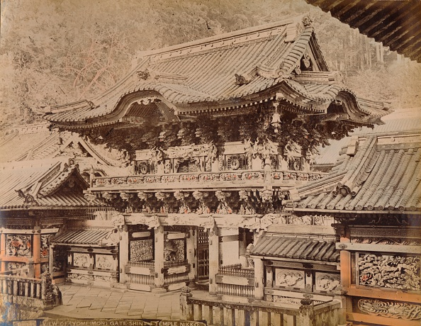 Shrine「View of Yomeimon Gate - Shinto Temple Nikko, c1890-1900」:写真・画像(12)[壁紙.com]