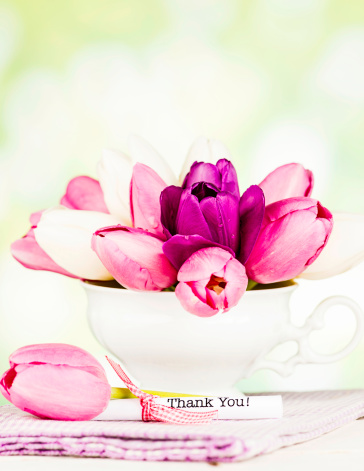 Mother's Day「Thank You Note and Tulips」:スマホ壁紙(8)