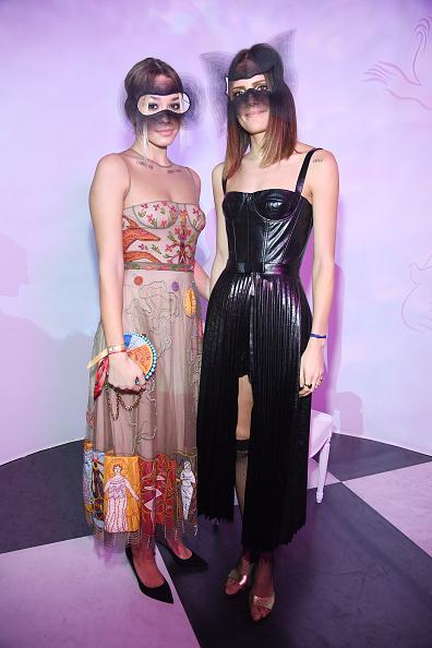 クリスチャンディオール「'Le Bal Surrealiste' Dior - Paris Fashion Week - Haute Couture Spring Summer 2018」:写真・画像(2)[壁紙.com]