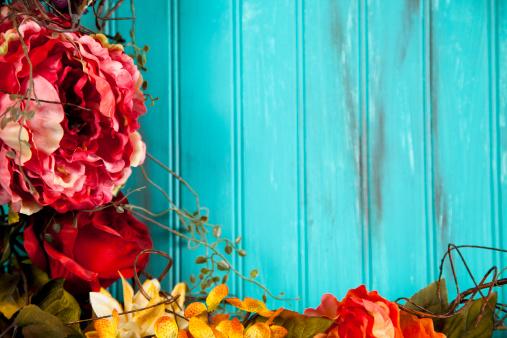 あじさい「青色の背景に秋の花」:スマホ壁紙(8)