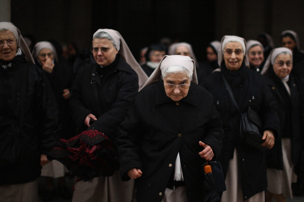 Nun「The Papal Conclave Day Two」:写真・画像(7)[壁紙.com]