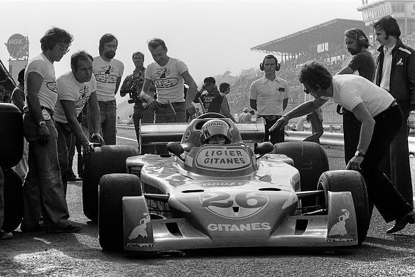 F1グランプリ「Jacques Laffite, Gérard Ducarouge, Grand Prix Of Japan」:写真・画像(9)[壁紙.com]