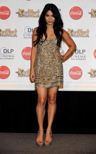 ヴァネッサ・ハジェンズ「ShoWest 2010 Awards Ceremony - Arrivals」:写真・画像(13)[壁紙.com]