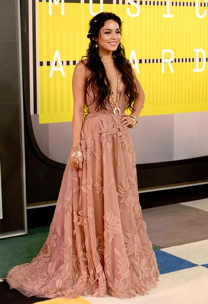 ヴァネッサ・ハジェンズ「2015 MTV Video Music Awards - Arrivals」:写真・画像(13)[壁紙.com]