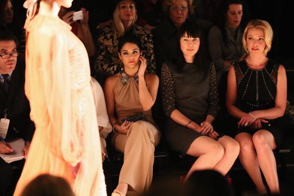 ヴァネッサ・ハジェンズ「TRESemme At Jenny Packham - Front Row - Fall 2013 Mercedes-Benz Fashion Week」:写真・画像(1)[壁紙.com]