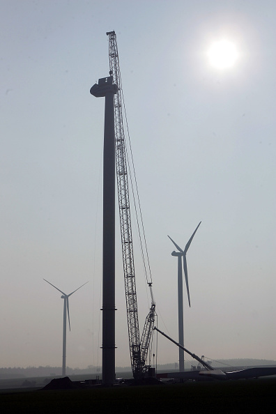 Construction Equipment「Germany Continues To Invest In Wind Energy」:写真・画像(1)[壁紙.com]