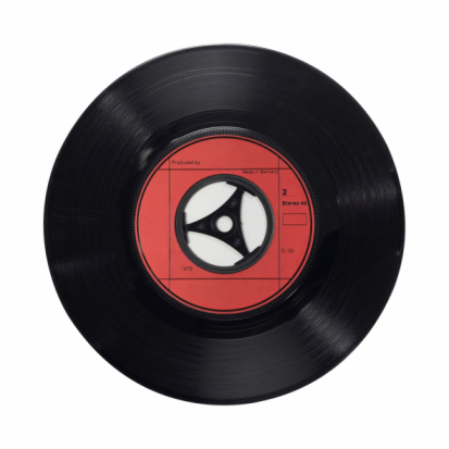 Record - Analog Audio「An isolated vinyl record of red and black single 45ups」:スマホ壁紙(12)