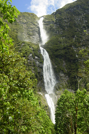 Recreational Horseback Riding「Sutherland Falls, New Zealand」:スマホ壁紙(18)