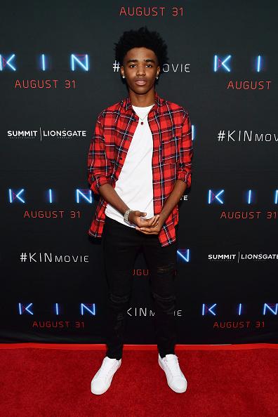 サミットエンターテイメント「Premiere Of Summit Entertainment And Lionsgate's 'KIN' - Arrivals」:写真・画像(5)[壁紙.com]