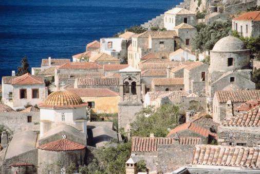 Steep「City on hillside, Monemvasia, Greece」:スマホ壁紙(5)