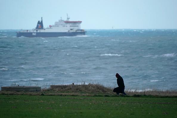 Sangatte「Migrants Gather Along The Northern French Coast」:写真・画像(9)[壁紙.com]
