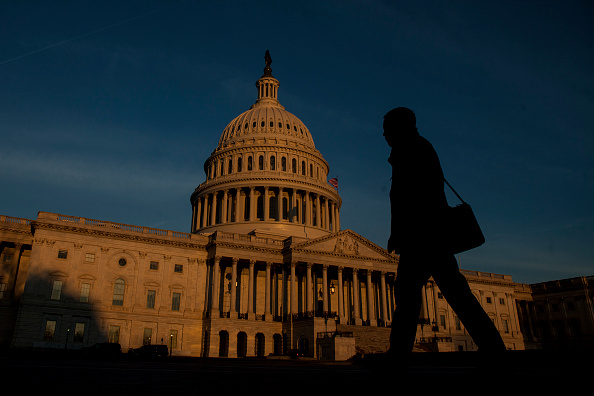 Capitol Building - Washington DC「FBI Director Comey Testifies At Hearing On Alleged Russian Election Meddling」:写真・画像(16)[壁紙.com]