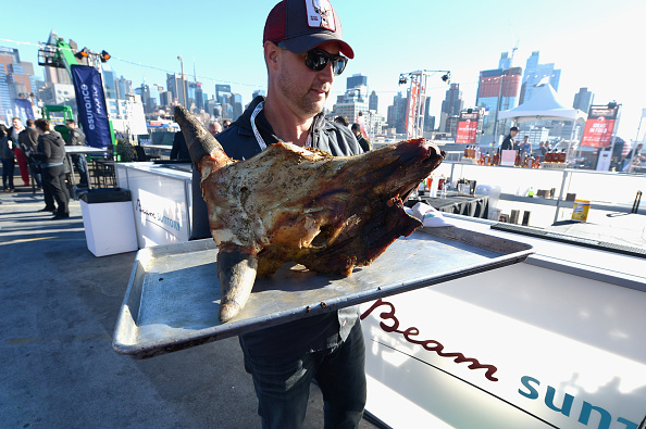 Animals Hunting「Meatopia X: The Carnivore's Ball Presented By Creekstone Farms Hosted By Michael Symon - Food Network New York City Wine & Food Festival Presented By FOOD & WINE」:写真・画像(11)[壁紙.com]