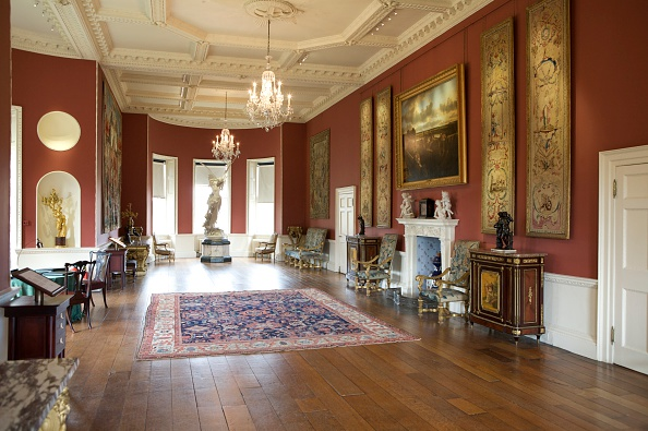 Rug「The long gallery, Ranger's House, Blackheath, London, 2008」:写真・画像(1)[壁紙.com]