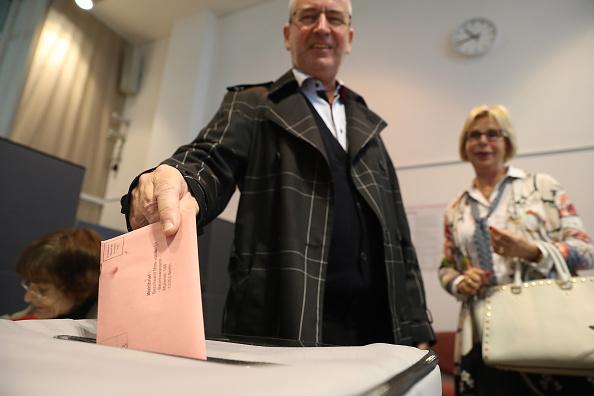 人の役割「Early Voting Underway In Federal Elections」:写真・画像(6)[壁紙.com]