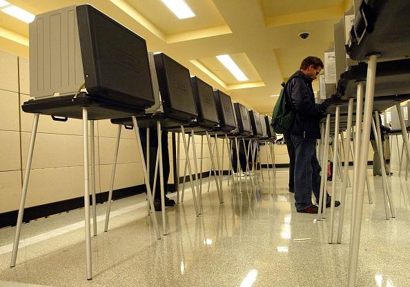 Super Tuesday「California Votes On Super Tuesday」:写真・画像(13)[壁紙.com]