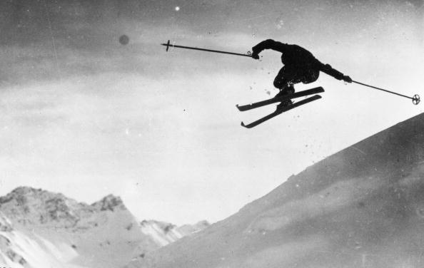 Skiing「Ski Jumping」:写真・画像(4)[壁紙.com]