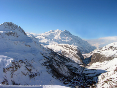 Val d'Isere「Shadow of the Alps over Val d'Isere France」:スマホ壁紙(13)