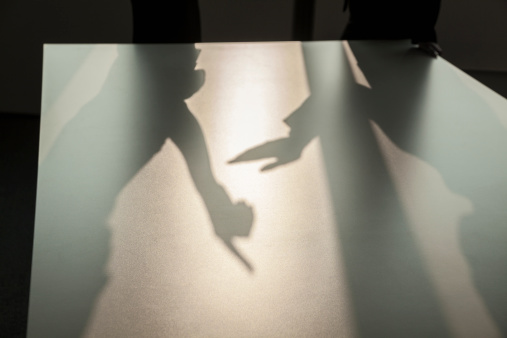 Businessman「Shadow of two business people arguing and gesturing on the floor of the office」:スマホ壁紙(8)