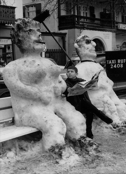 雪だるま「Snow Couple」:写真・画像(5)[壁紙.com]